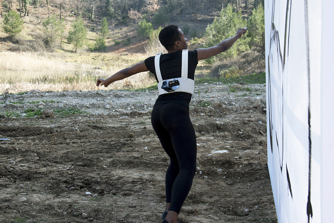 re-trace-part-1-performance-painting-2014_Karimah-Ashadu