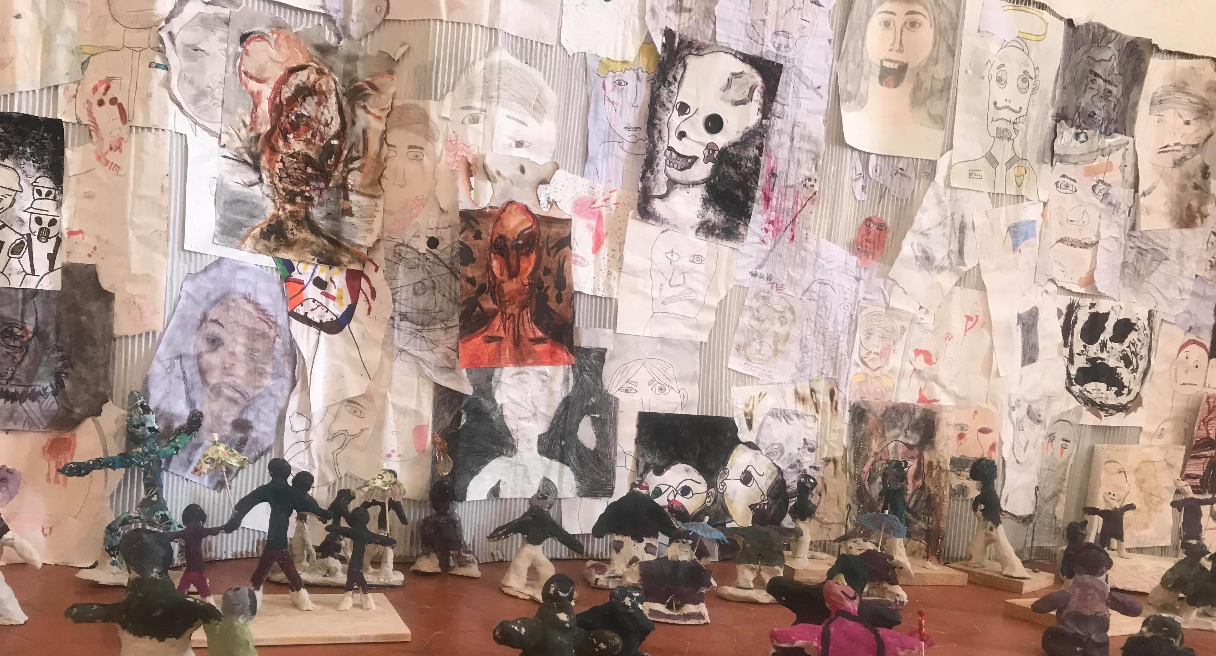 Accompagnés par leurs enseignants d'Arts Plastiques et de Musique : Angéla RISTAINO, Roland LESOURD, Michel MORI.